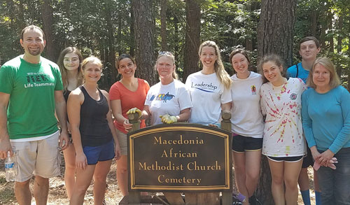 Macedonia Cemetery cleanup crew